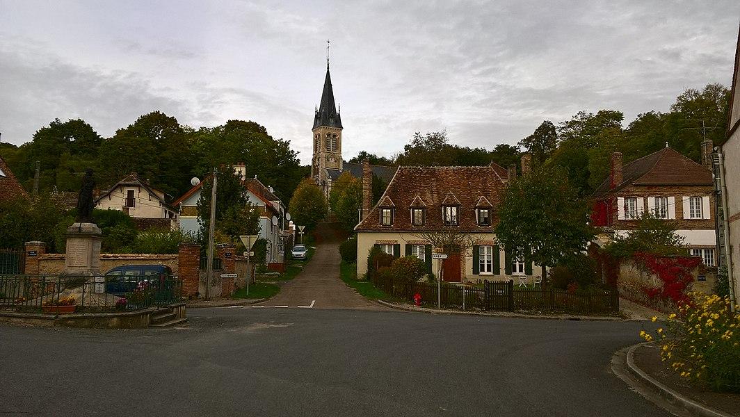 Vallery, rue de l'église