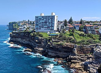 Dover Heights, New South Wales - Houses and apartments line the cliff top in Dover Heights.
