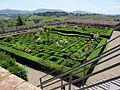 Villa corsini di mezzomonte, giardino all'italiana, terrazza superiore 03.JPG