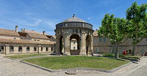Villeneuve avignon chartreuse pavillon.jpg