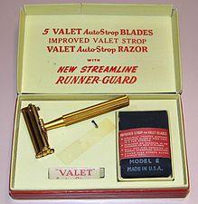 Vintage Valet AutoStrop Razor, The Razor That Sharpens Itself! Made In USA (15025326212).jpg