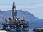 Vista desde el parque botánico, Plataforma petrolífera, Santa Cruz de Tenerife, España, 2015.JPG