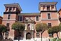 Vista frontal de la fachada del Palacio de Fabio Nelli.JPG