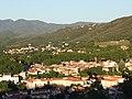 Vue des hauts quartiers Sud-Est de Céret depuis la colline du Ventous.jpg