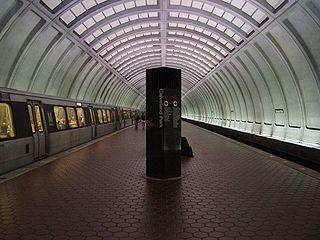 Cleveland Park station Washington Metro station
