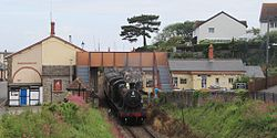 Watchet 3850 Minehead train.jpg