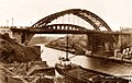 Wearmouth Bridge, Sunderland, 1930s.jpg