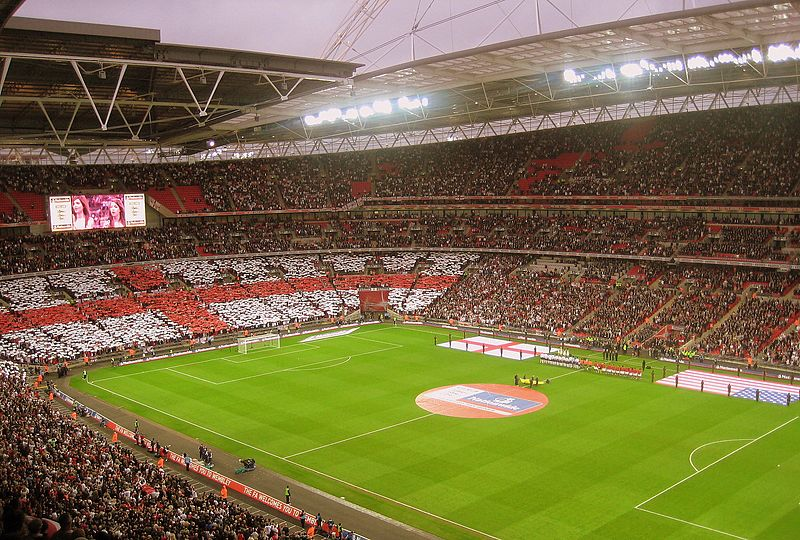 Файл:Wembley Stadium - USA v England.jpg