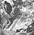 Western Glacier, terminus of tidewater glacier, August 22, 1968 (GLACIERS 6935).jpg
