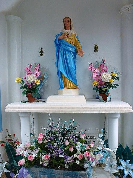 Westrehem (Pas-de-Calais, Fr) chapelle Coeur Immaculé de Marie intérieur