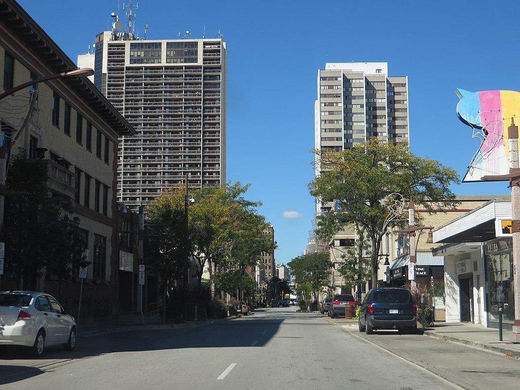 File:Windsor, Ontario (21782203991).jpg - Wikimedia Commons