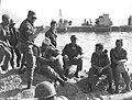Yom Kippur War - Dayan visit the forces in the Suez Canal.jpg
