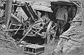 Zerschlagene deutsche Feldkanone im Wald von Méreaucourt.jpg