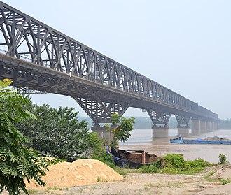 Jiaozuo–Liuzhou Railway - The Jiaoliu Railway crosses the Yangtze River via the Zhicheng Yangtze River Bridge in Zhicheng, Hubei Province.