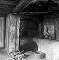 """""""Gnišče"""" (ognjišče)- spodaj popeunak, pri Zajčov?h, Dolnji Kot 1957 (2).jpg"""
