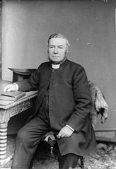 Revd Thomas Jeffrey Jones, vicar of Llanfair Caereinion(?)