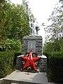 Братская могила 19 советских воинов, погибших при освобождении Невинномысска от фашистских захватчиков.jpg