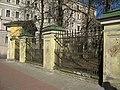 Лиговский 128. Крестовоздвиженская церковь, ограда02.jpg