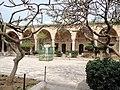 עכו-מסגד אל ג'אזאר-חצר המסגד.JPG
