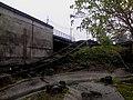 名間鄉九二一斜塔休憩園區傾頹的鐵道 (12.02.29) - panoramio.jpg