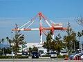 港湾技能研修センター gantry crane.jpg