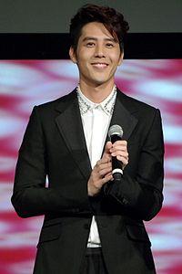 胡宇威's relation image