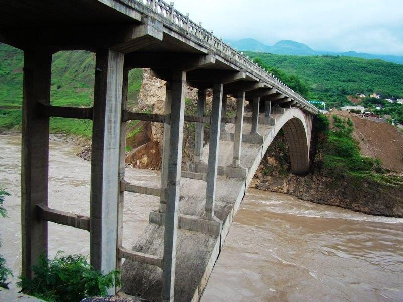 金沙江大桥.jpg