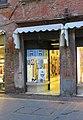 0 Vetrine - Prodotti tipici - Shopping - Vie del centro - Ferrara 07.jpg