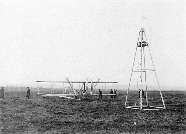 1909 Flyer and Derrick