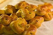 2005 baking of saffron buns 04