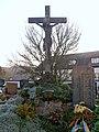 2012.11.14 - Ardagger Stift - Friedhof christlich - 02.jpg
