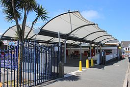 2013 at Newquay station - concourse and canopy.jpg