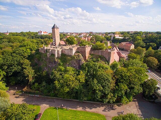Замок Гибихенштайн