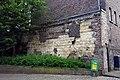 2016 Maastricht, restant 1e middeleeuwse stadsmuur.jpg