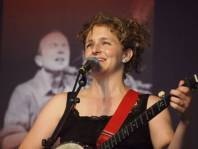 Picture of a band or musician: Abigail Washburn