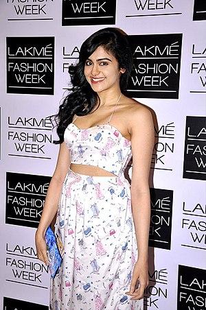 Adah Sharma grace Nishka Lulla's show at LFW 2014.jpg