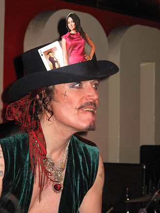Adam Ant - Image: Adam Ant at 100 Club