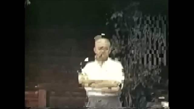 Файл:Adolf Hitler and Eva Braun's private videos, home movie.webm