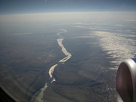 Aerial view of Columbia River in Central Washington 01.jpg