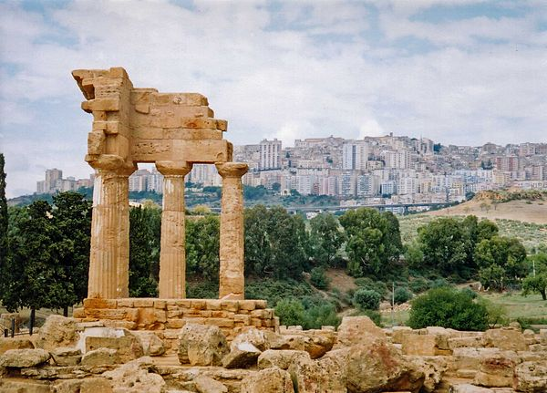 Agrigento, Ancient and Modern.jpg