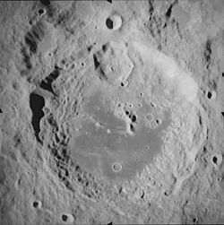 Aitken vista da Apollo 17. Foto NASA.