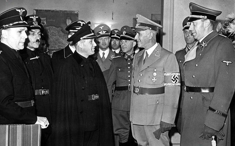Alexander Mach Wilhelm Frick 1942