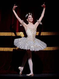Alexandra Ansanelli Aurora Sleeping Beauty Royal Ballet.jpg