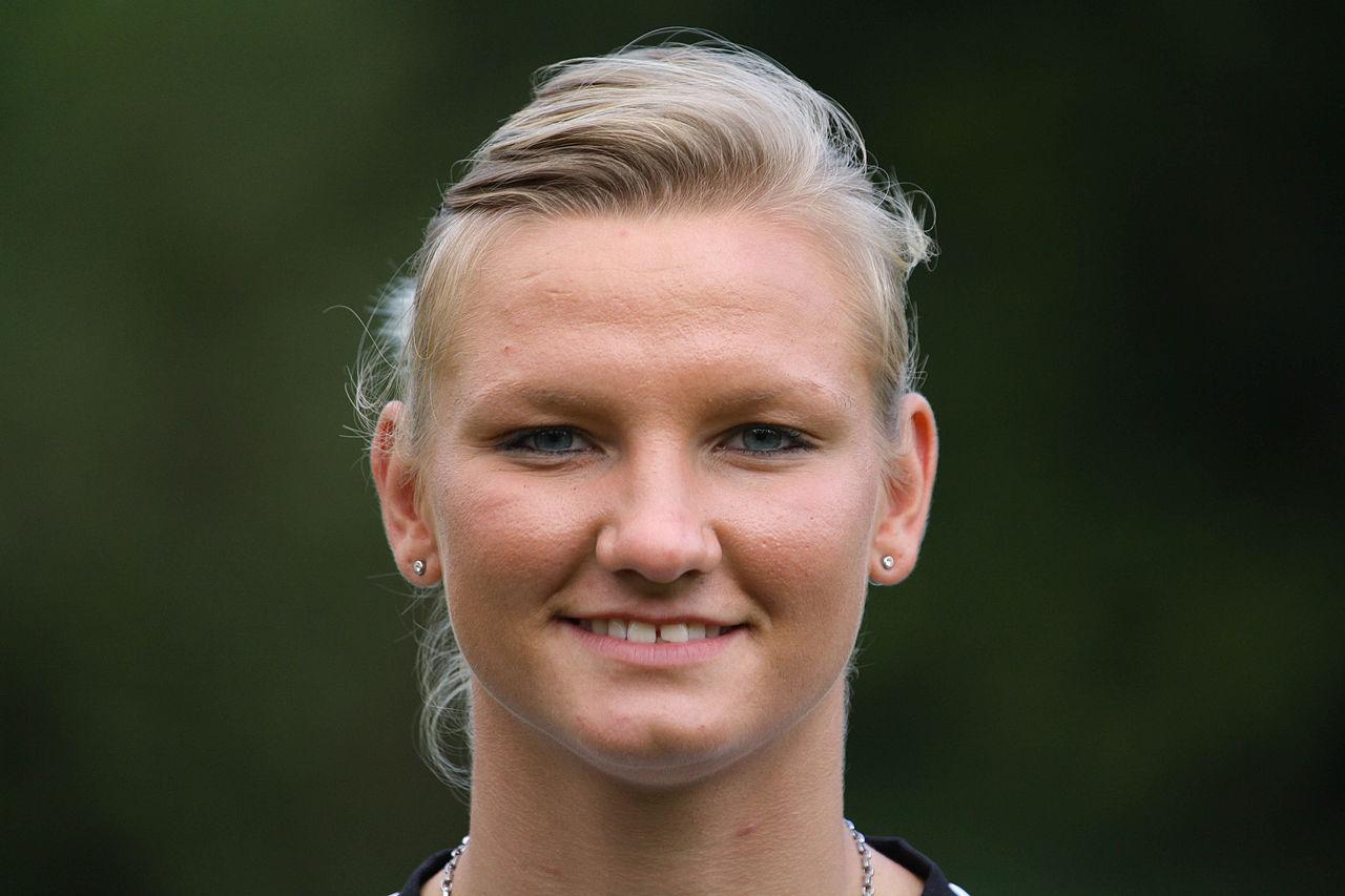 Alexandra Popp Gehalt