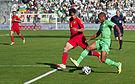 Algérie - Arménie - 20140531 - Yacine Brahimi (Alg) face à Taron Voskanyan (Arm).jpg