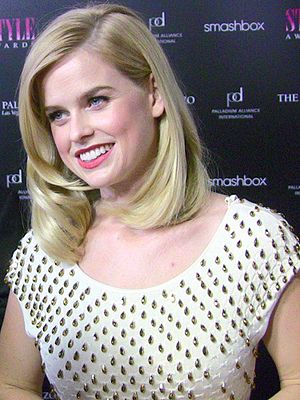Alice Eve - Image: Alice Eve 2011 (cropped)