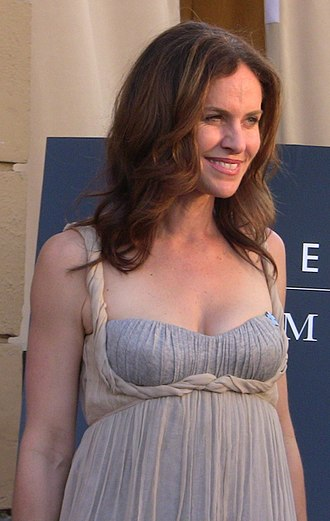 Amy Brenneman - Amy Brenneman at Heroes for Autism event Hollywood, California on April 19, 2009