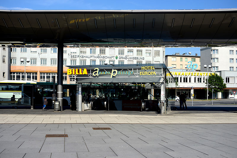 File:Annenpassage Zugang Hauptbahnhof.JPG