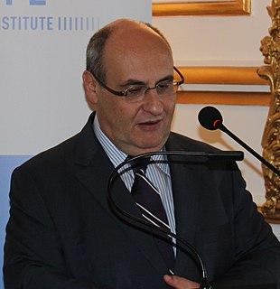 portugiesischer Politiker, MdEP, Kommissar für Justiz, Freiheit und Sicherheit