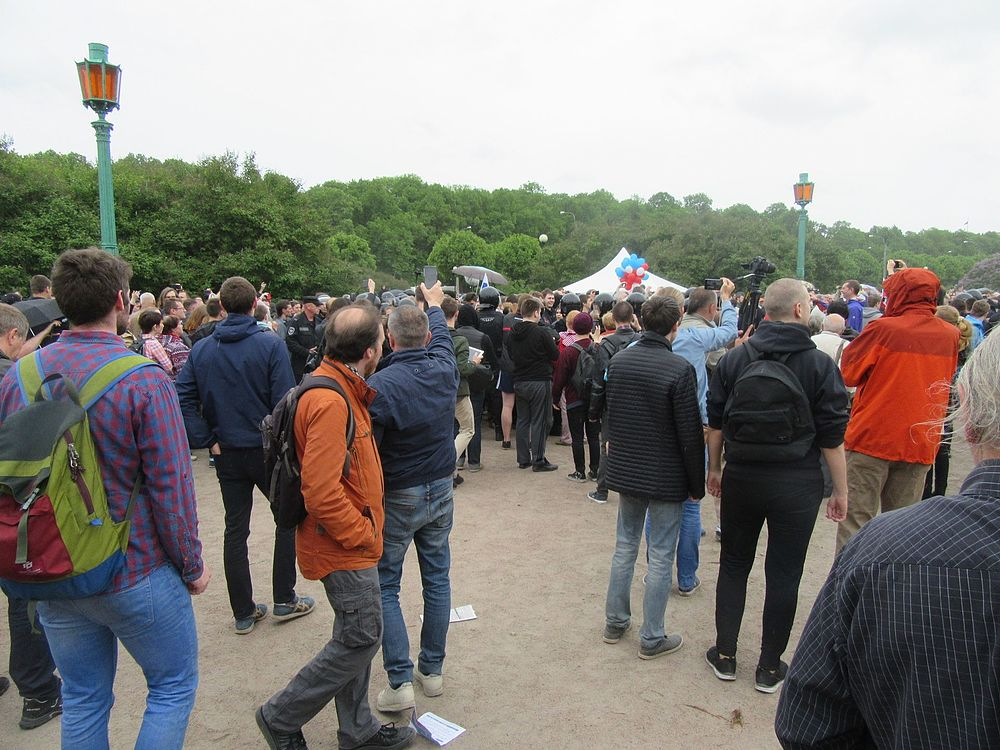 Anti-Corruption Rally in Saint Petersburg (2017-06-12) 26.jpg
